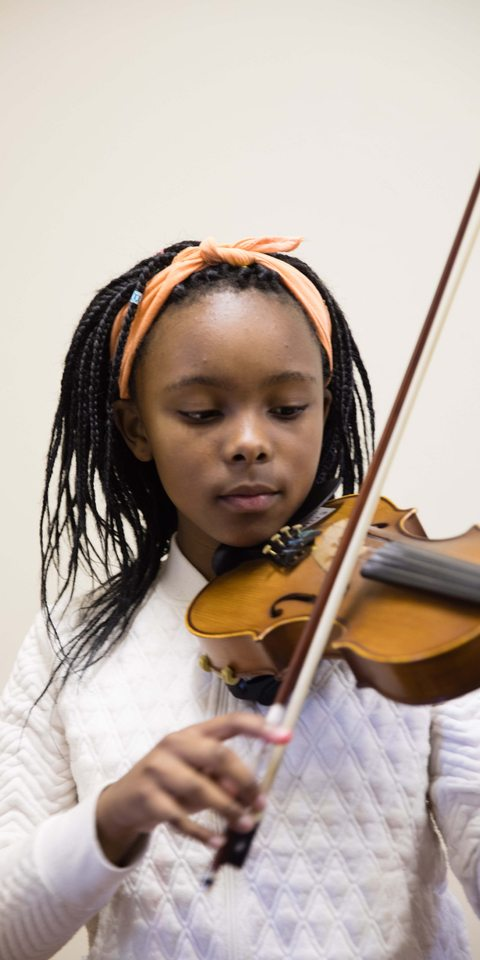 12-year-old violinist, Mbali Phato