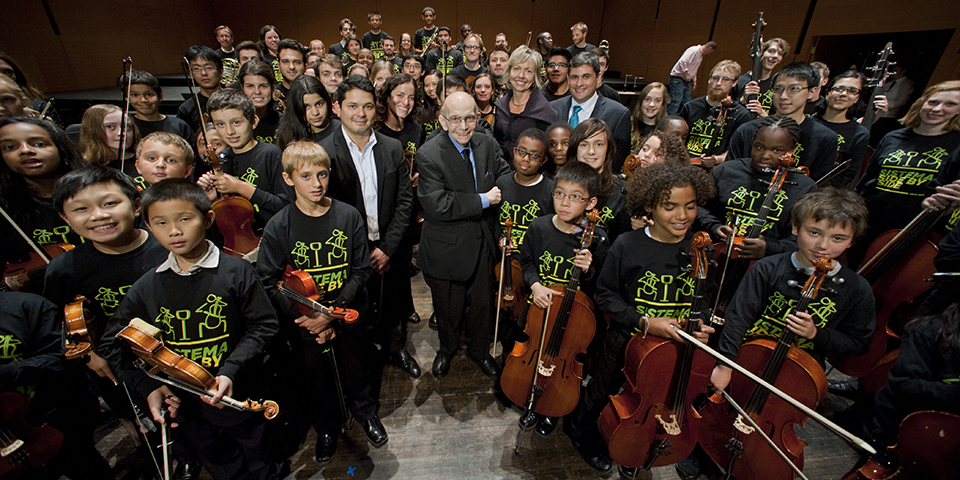 Maestro José Antonio Abreu, founder of El Sistema, receives an honorary doctorate from Bard College Saturday September 20, 2014, at The Richard B. Fisher Center for the Performing Arts at Bard College in Annandale-on-Hudson, NY © Karl Rabe photo