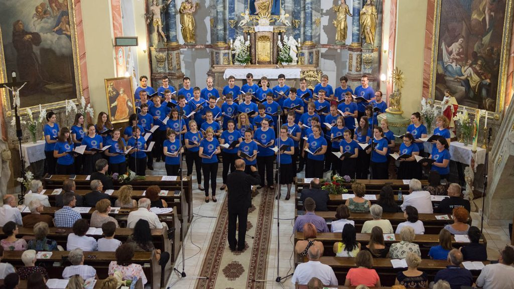 The National Youth Choir of Hungary will perform at the abcd Choral Leaders' Festival