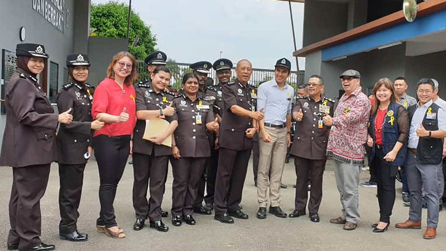 The Rhythm of Freedom team was invited to join the Minister of Youth and Sports at Sekolah Henry Gurney for its Yellow Ribbon project, an initiative to provide employment opportunities for former prisoners
